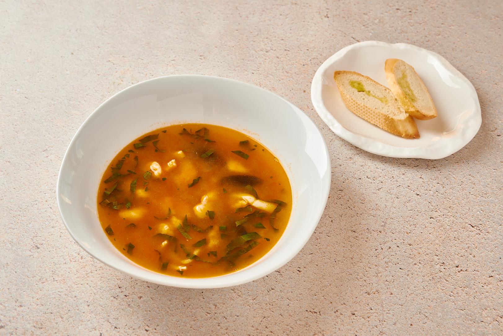 Суп с дарами моря